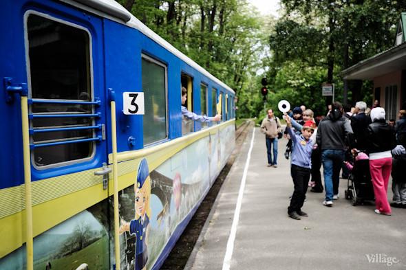 Фоторепортаж: В Киеве открылся сезон на детской железной дороге. Зображення № 33.