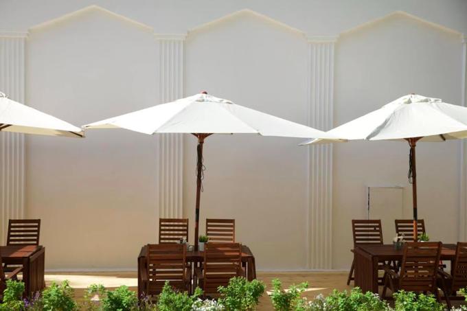 На ВДНХ открывается летнее кафе «Счастье незагорами». Изображение № 2.
