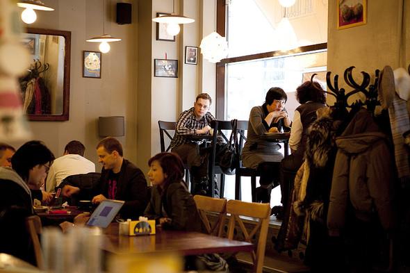 После прочтения съесть: 5 кафе при магазинах. Изображение № 46.