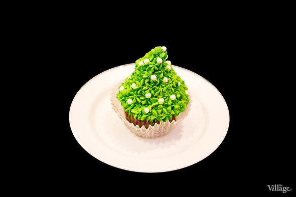 Сезонное меню: 13 новогодних и рождественских десертов в ресторанах Петербурга. Изображение № 15.