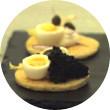 Omnivore Food Festival: Алекс Жилюк готовит картофельные оладьи с чёрной икрой и баллотин из ягнёнка. Изображение №11.