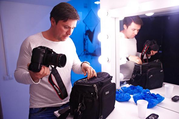 Два в одном: Быть рекламным фотографом и совладельцем бренда домашней обуви «Валешки». Изображение № 5.