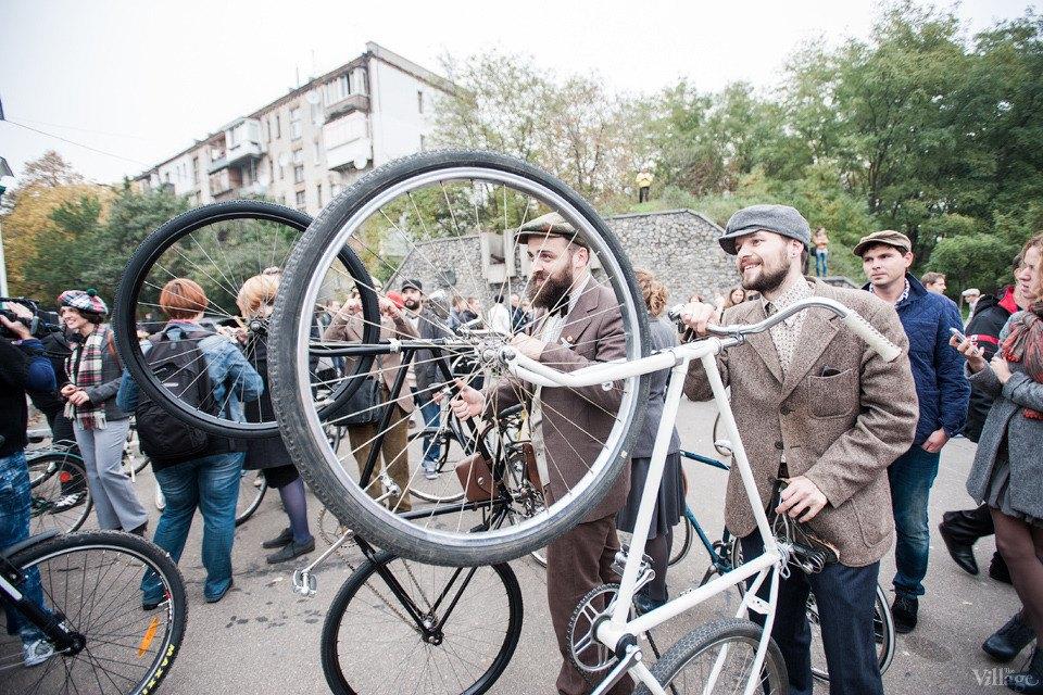 Second Time: В Киеве прошёл второй велокруиз в стиле ретро. Изображение № 2.
