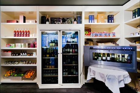 В ОК Bar открылся магазин итальянских продуктов. Изображение № 2.