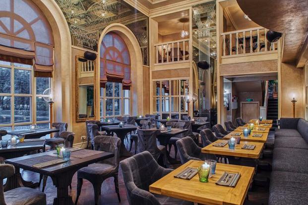 Ресторан «Павильон» на Патриарших открылся после ребрендинга. Изображение № 1.