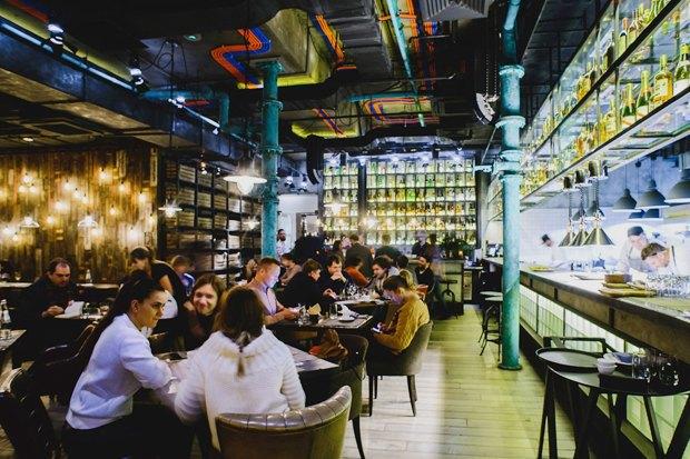 Вторая закусочная Grill &Gyros, кондитерская Katusha изавтраки от«Батона». Изображение № 9.