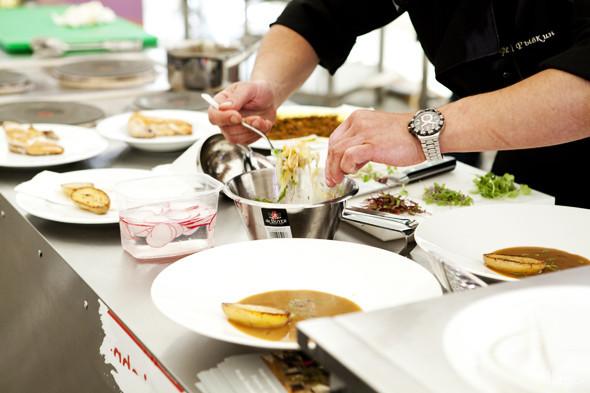 Omnivore Food Festival: Андрей Рывкин готовит карри из петуха на монастырском квасе. Изображение № 32.