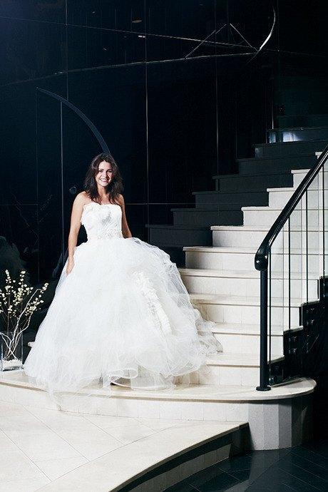 Любо-дорого: Невесты о свадебныхплатьях. Изображение № 18.