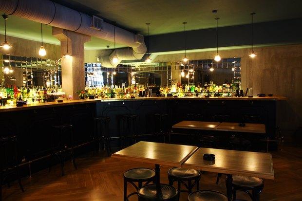 Создатель Achtung Baby открыл бар на Жуковского. Изображение №1.