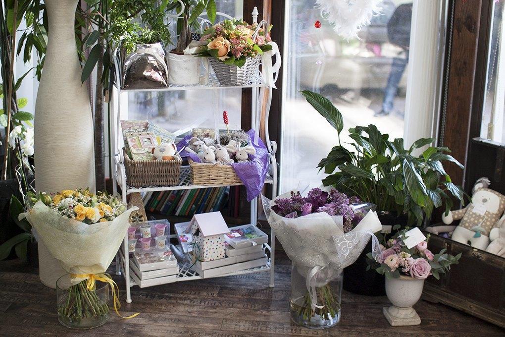 Самоцветы: Как цветочная мастерская «Бамбуста» находит клиентов без рекламы. Изображение № 3.