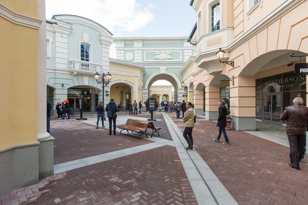 Как выглядит новый аутлет-центр наПулковском шоссе. Изображение № 11.