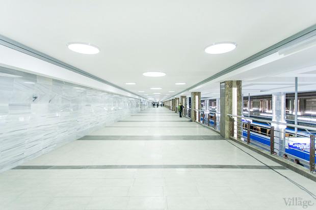 Фоторепортаж: В Киеве открыли новую станцию метро. Зображення № 14.
