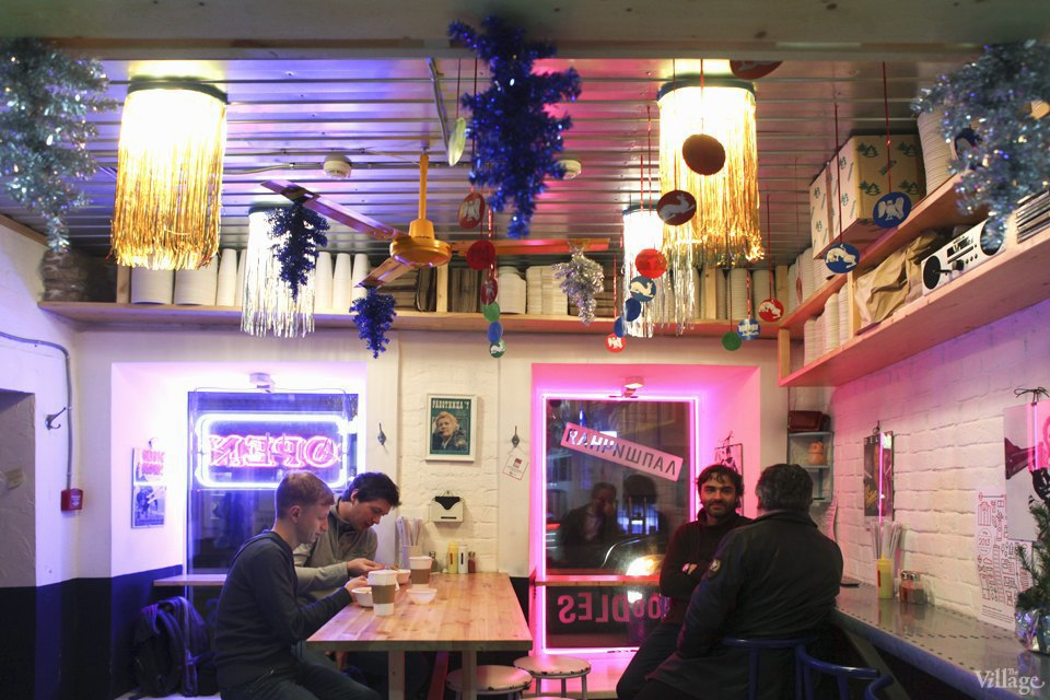 Фоторепортаж: Новогодние интерьеры ресторанов и кафе . Изображение № 17.