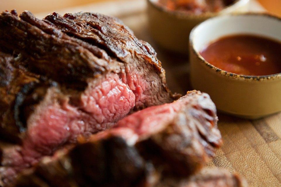 Из каких стран привозят мясо вмосковские рестораны. Изображение № 3.