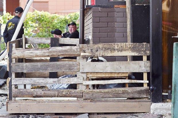 Чёрный «квадрат»: Как кафе и магазины воюют с владельцами зданий . Изображение № 10.