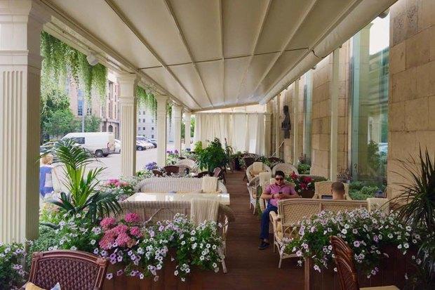 Рестораны «Mr.Ливанец» иMØS, пивной бар имагазин «Главпивмаг», коктейльный бар DirtyBlonde. Изображение № 6.
