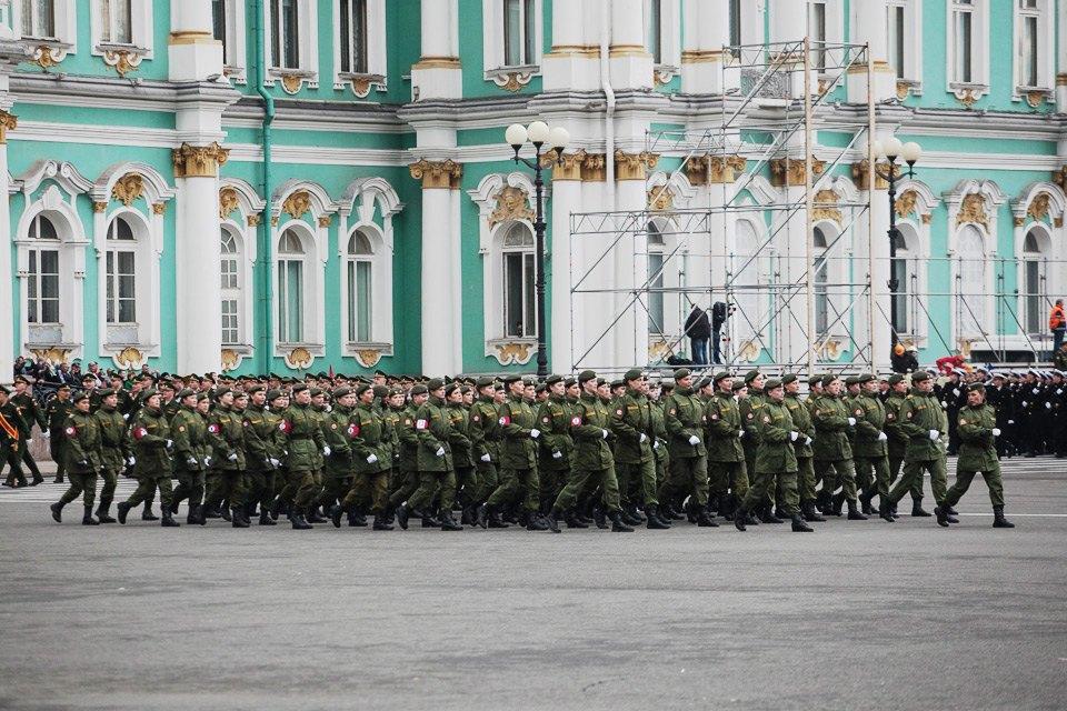 Репетиция парада Победы на Дворцовой площади. Изображение № 8.