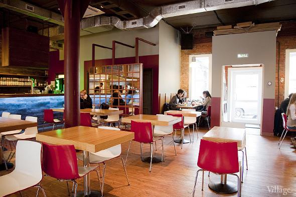 Общая кухня: Кафе-бар Iskra, кафе «Молоко», Genius Bar и Cafe Brocard на «Флаконе». Изображение № 5.