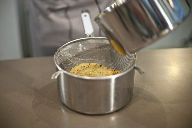 Шеф дома: Ягненок, хумус иоблепиховый десерт шефа «Стрелки». Изображение № 107.