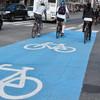 К осени в Петербурге появятся первые велопарковки у главных транспортных узлов. Изображение № 1.