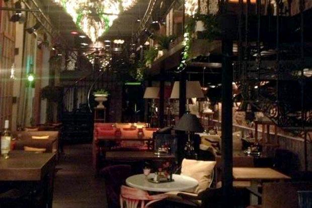 На днях в доме Мертенса открется ресторан-кондитерская Bengel & Zaek. Изображение № 6.