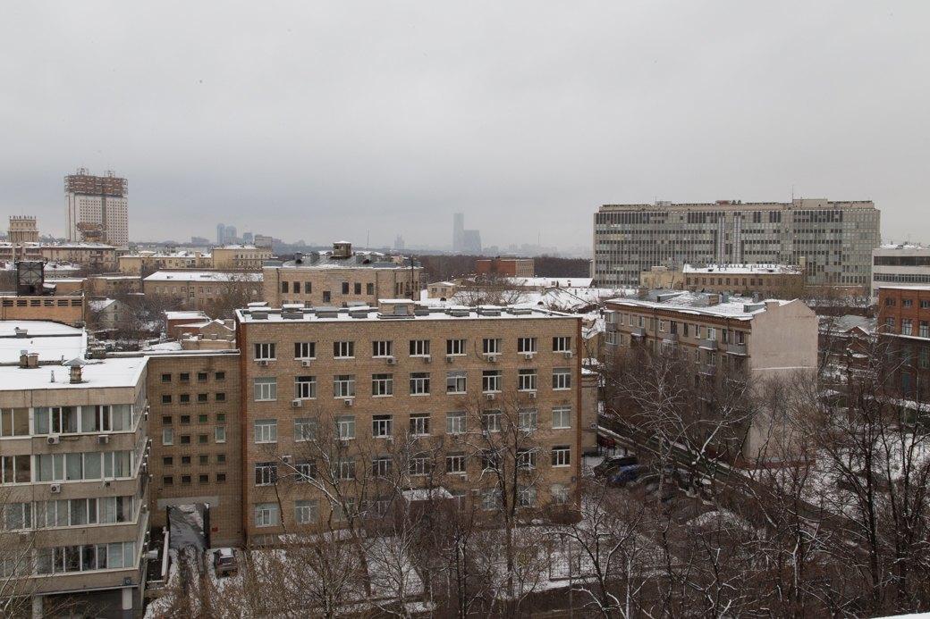 Я живу в доме-коммуне наулице Орджоникидзе. Изображение № 24.