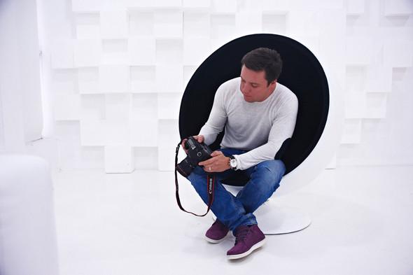 Два в одном: Быть рекламным фотографом и совладельцем бренда домашней обуви «Валешки». Изображение № 10.