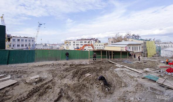 Фоторепортаж: На Андреевском спуске снесли здание XIX века. Зображення № 9.
