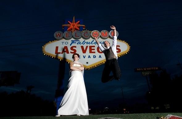 В День святого Валентина «Две палочки» будут играть свадьбы. Изображение № 8.