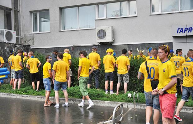 Знакомые лица: Интернет-герои Евро-2012. Зображення № 6.
