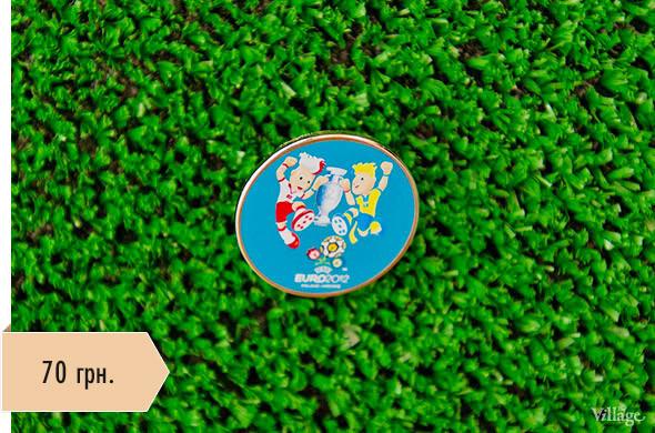 Вещи недели: официальные сувениры Евро-2012. Зображення № 5.