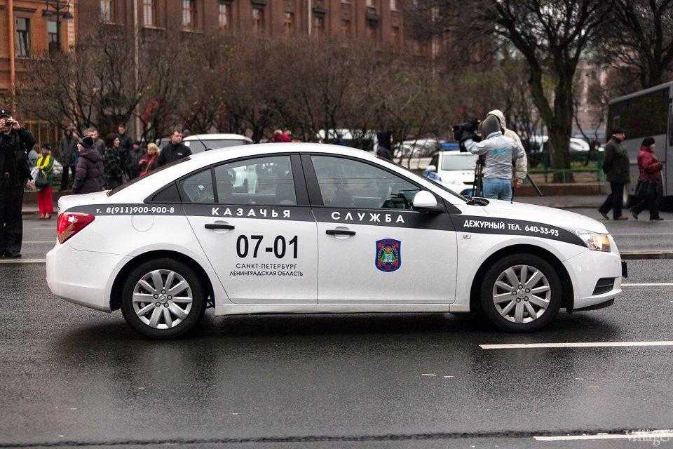 Фоторепортаж: День народного единства вПетербурге. Изображение № 6.