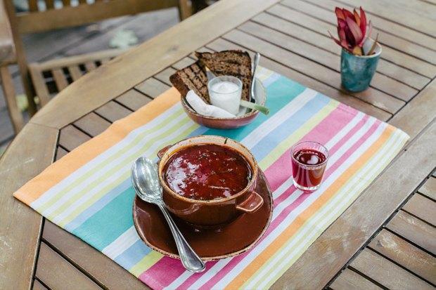 «Кафе Пушкинъ», «Юность», Moloko: Чтоозначают названия московских ресторанов. Изображение № 8.