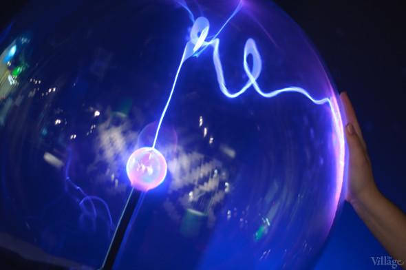 Плазменный шар. Изображение № 4.