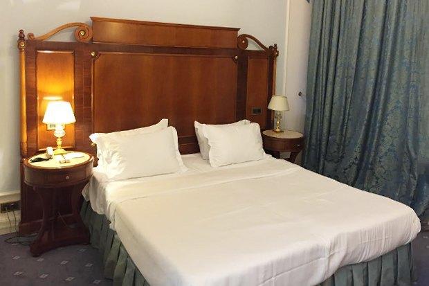 Ночь в отеле: Редакция The Village ищет лучшую гостиницу Москвы. Изображение № 12.