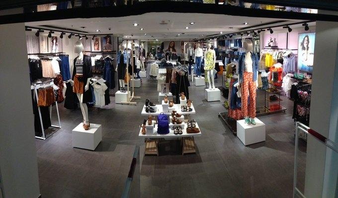 В торговом центре «Охотный Ряд» открылся магазин Topshop. Изображение № 2.