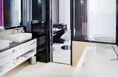 На Богдана Хмельницкого открылся дизайн-отель 11 Mirrors. Изображение № 6.