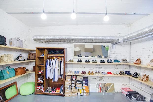 На полках: Магазин обуви ShoeShoe. Зображення № 3.