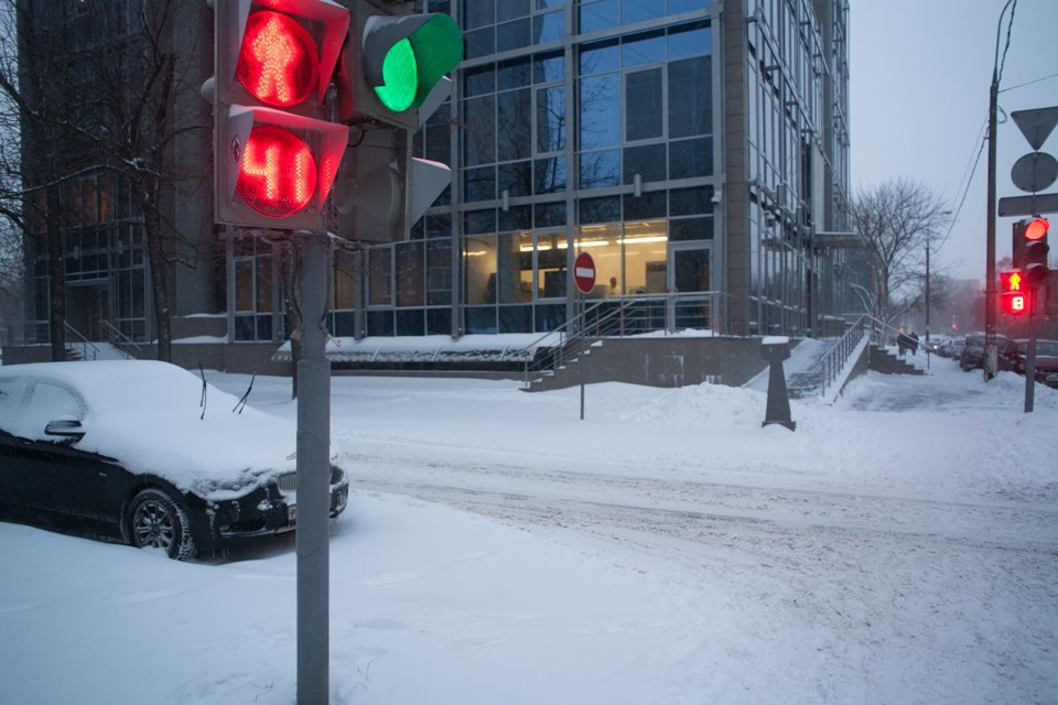 Как Москва справляется снеожиданным декабрьским снегом. Изображение № 4.