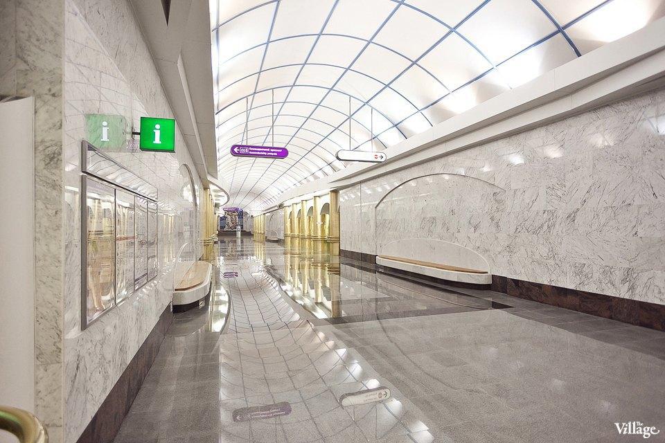 Фоторепортаж: Станции метро «Международная» и«Бухарестская» изнутри. Изображение № 29.