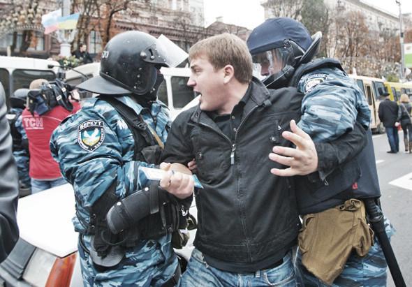 Copwatch: Действия милиции на Крещатике в день оглашения приговора Юлии Тимошенко. Зображення № 26.