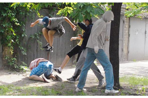 Бей парад: В Киеве сорвали шествие геев и лесбиянок. Зображення № 10.