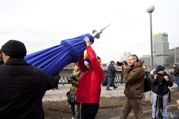 В Москве прошло арт-шествие в честь Дня космонавтики. Изображение № 29.
