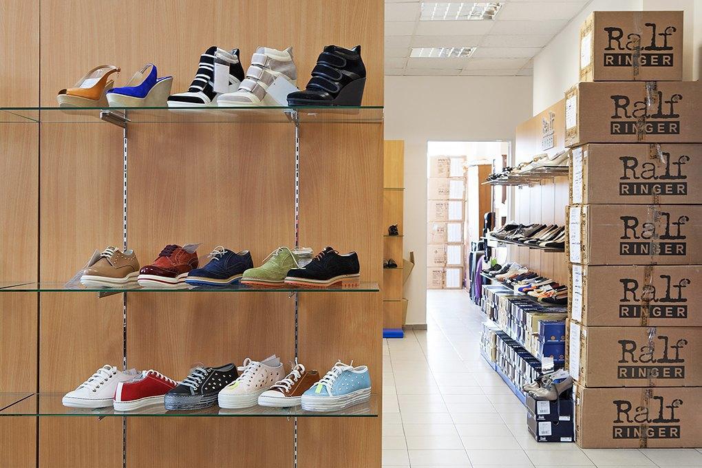 Производственный процесс: Как делают ботинки. Изображение № 29.