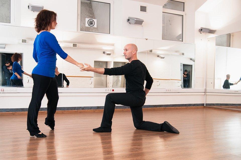Как заработать, танцуя хастл. Изображение № 2.
