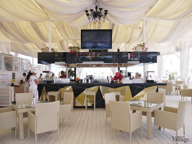 На песке: 5 пляжных клубов Одессы. Зображення № 20.