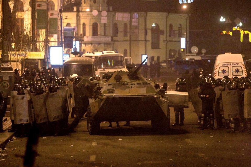 Штурм Майдана. Изображение № 11.