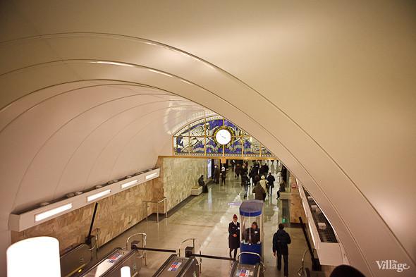 На новой станции метро «Адмиралтейская» уже произошло несколько аварийных остановок эскалатора. Изображение № 16.
