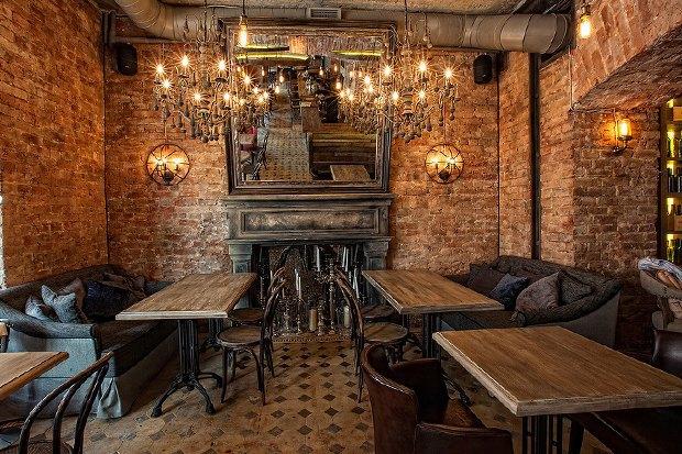 На месте «Голубки» наПокровке открылся бар 19 Bar&Atmosphere. Изображение № 4.