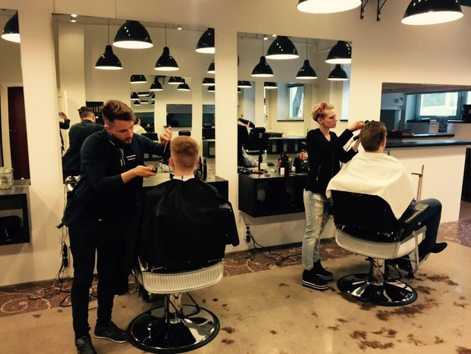 В Москве открылась ещё одна мужская парикмахерская «Аляска». Изображение № 3.